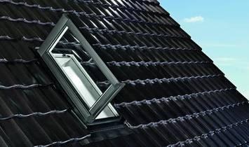 Liukas išlipimui ant stogo Designo WDA R3 H/K